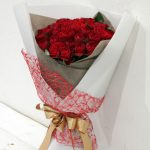 花束 35本の赤バラの花束