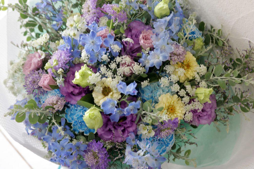 花束 ブーケスタイル (ベビーブルー)