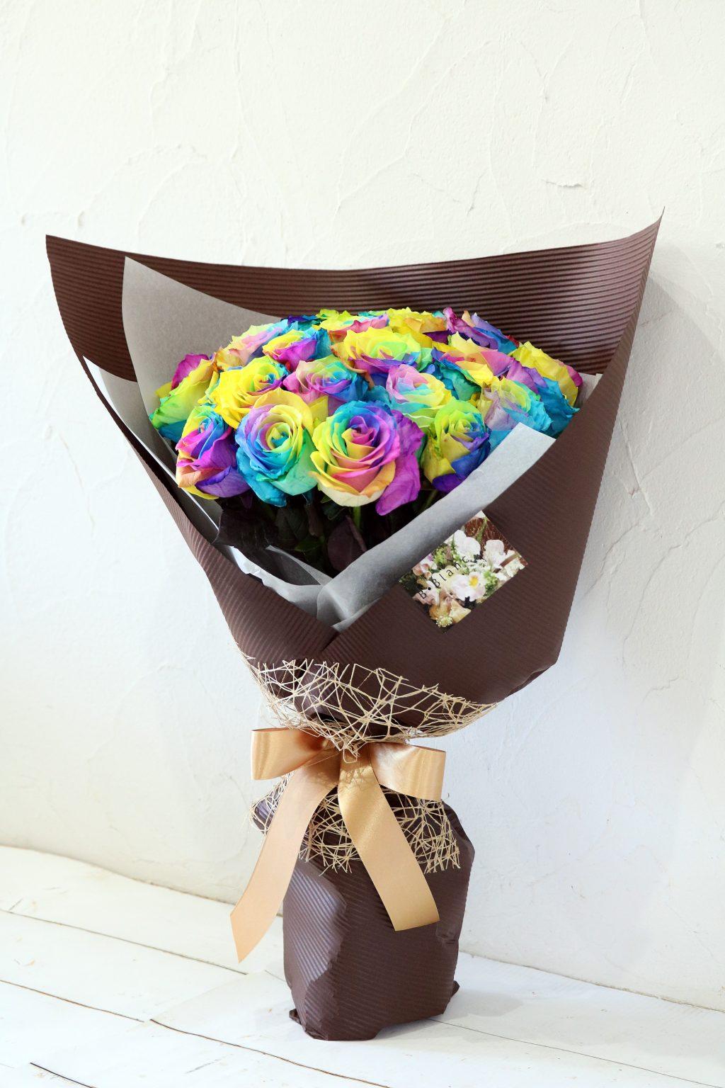 花束 30本のレインボーローズの花束